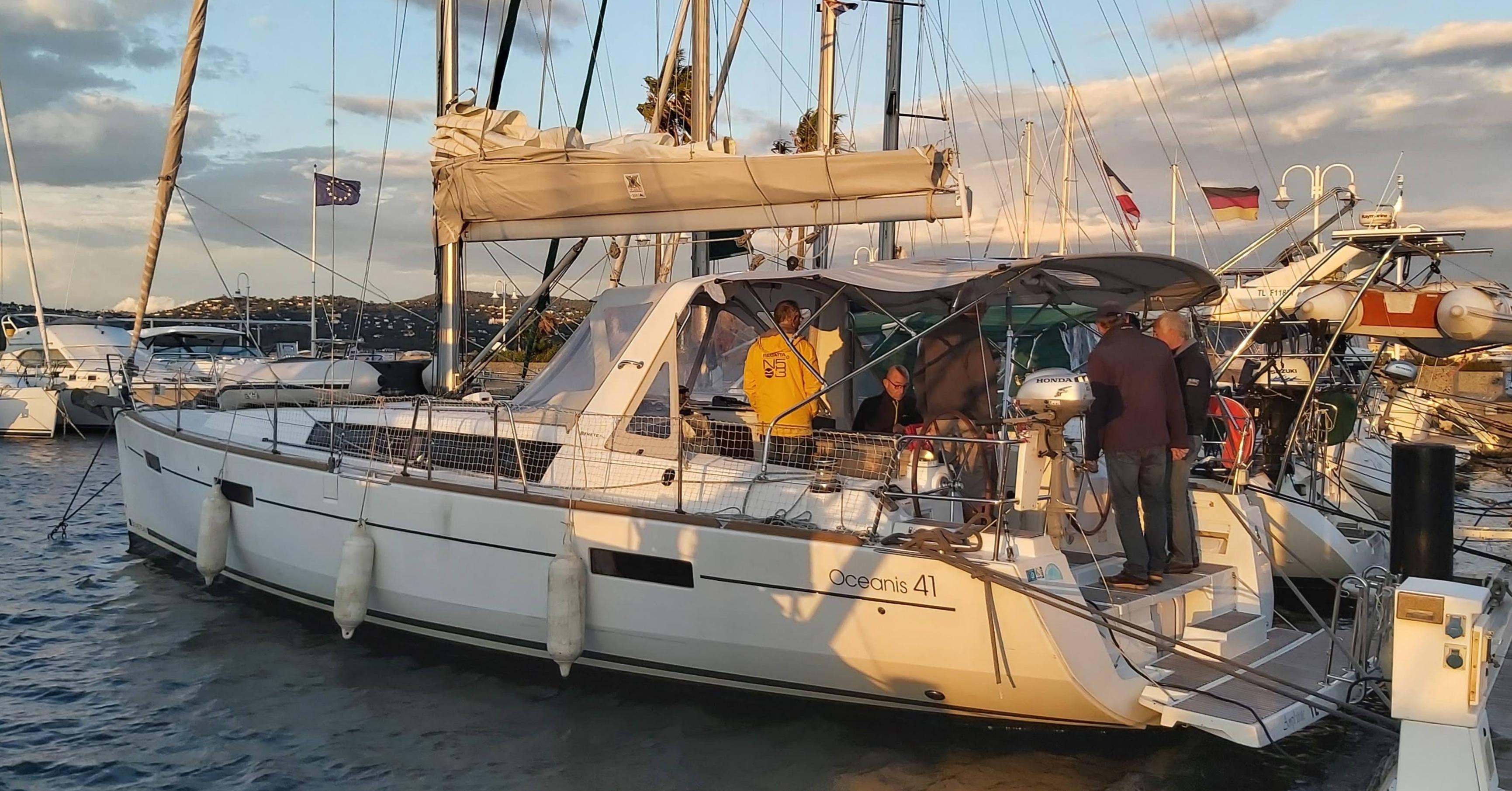Croisière sur bateau habitable Habitable par le Club ESPACE CROISIERE affilié à la Fédération Française de Voile