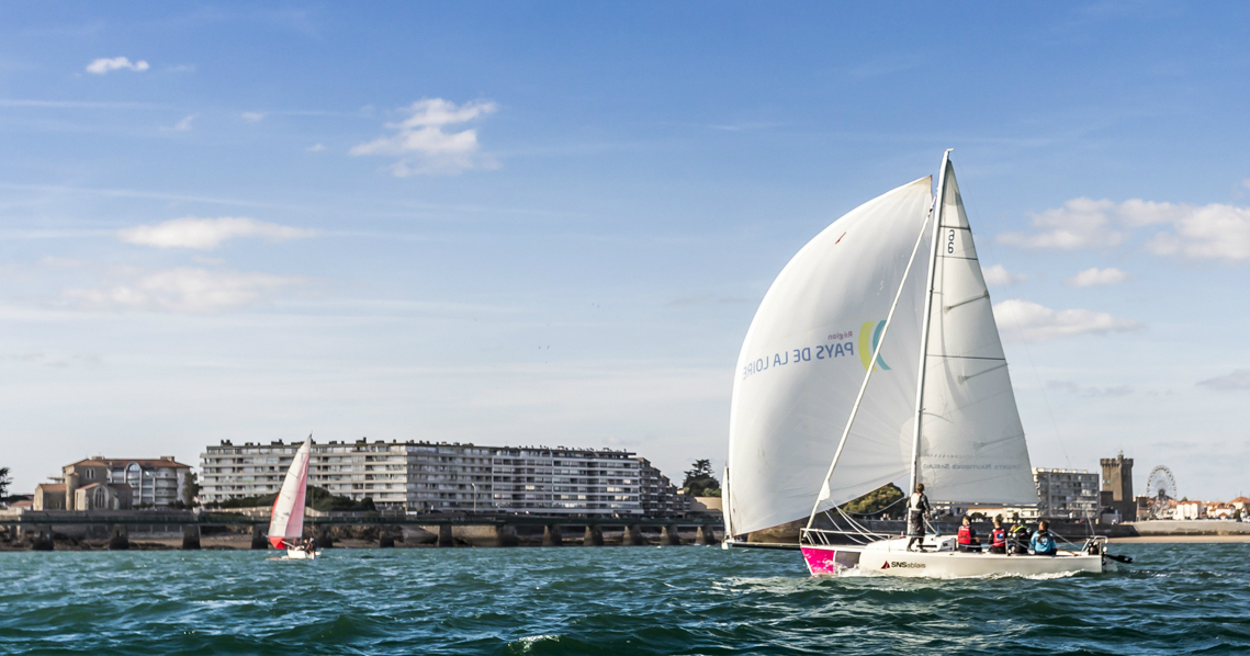 Photo du Offre de Stage d'Habitable 1er janvier 2021 - Baptême en mer sur voilier proposé par SPORTS NAUTIQUES SABLAIS affilié à la Fédération Française de Voile